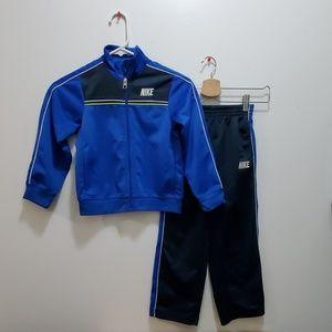 Nike Boys' 2 pc Tracksuit
